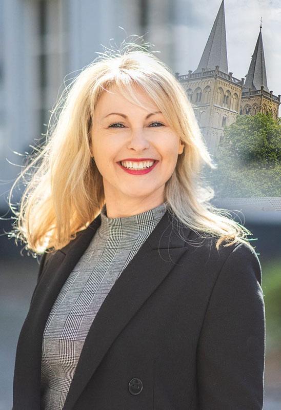 Tanja Zur
