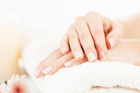 Handpflege